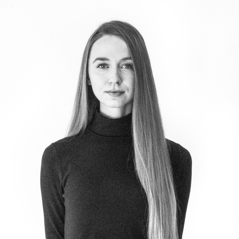 Kelli Hanson